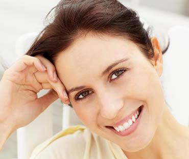 Smile makeover dentist in Newport Beach